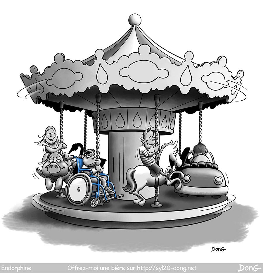 manège. Un carrousel, des enfants souriants s'amusent sur des voitures, chevaux, cochons, un autre fait la tête sur un fauteuil roulant